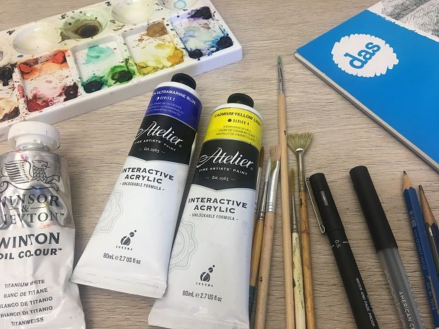art classes in different mediums