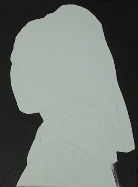 girl with pearl earring- painting the background